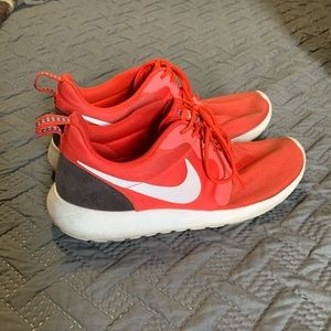 Nike Rosche running shoes